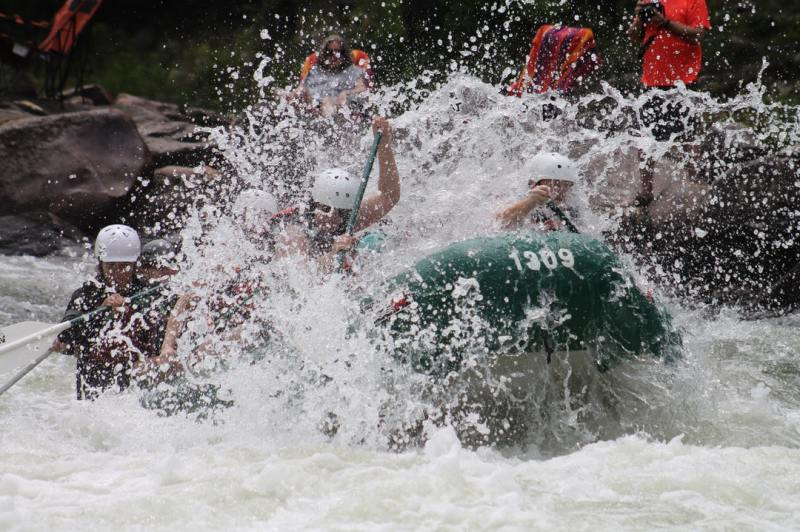 Tips for Choosing Whitewater Rafting Services